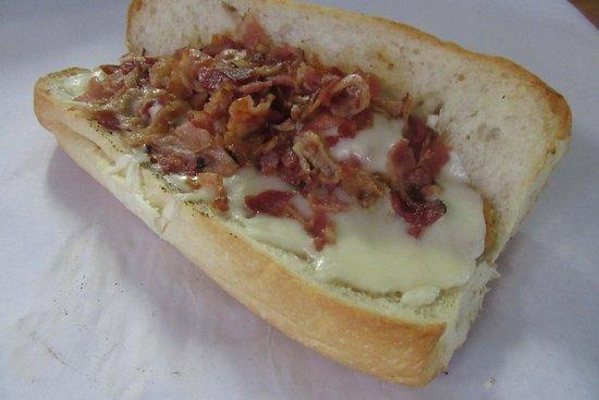 Scicchitano's Pizzeria: Chicken Ranch with Bacon Sub