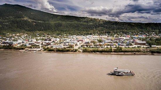 The capital City of Whitehorse alongside the Yukon River