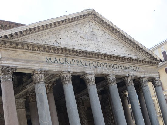 Pantheon (Rome): The Impressive Front - Emperor Hadrian is generous to Aggripa!