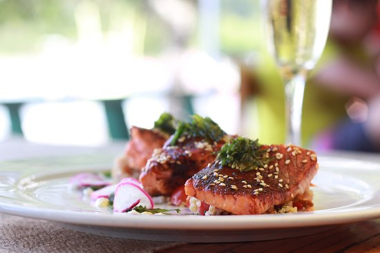 Aitue Restaurant : Salmón y quinoa