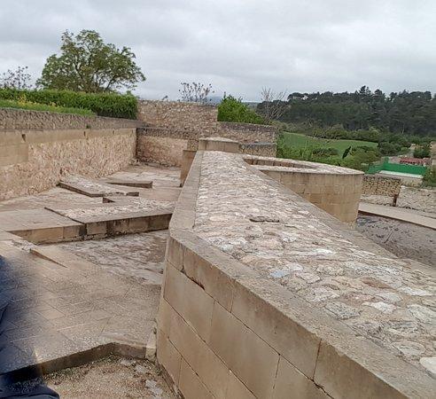 Castillo de Miranda de Ebro: RESTOS DEL PRIMITIVO CASTILLO ESTRELLADO