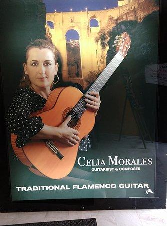 写真Celia Morales Guitarra Flamenca Tradicional枚
