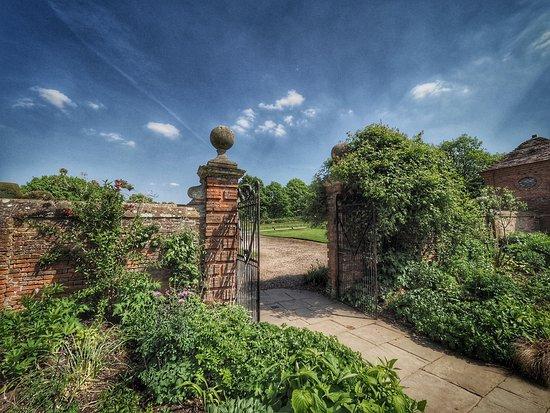 Packwood House National Trust