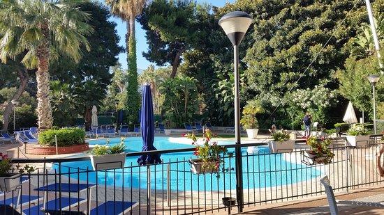 NH Palermo: プールあり