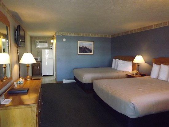 Mariner Resort Photo
