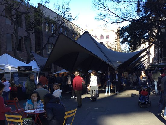 The Rocks Markets: At the start point..