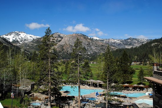 Resort at Squaw Creek: View from lobby