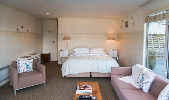 Queenstown House Boutique Bed & Breakfast & Apartments: 3 Bedroom Apartment Bedroom