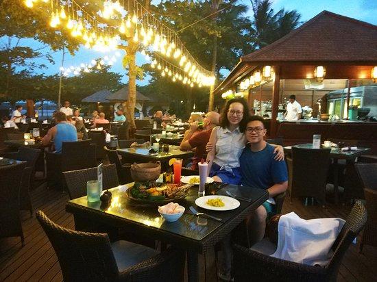 Toya Beach Bar Grill: Toya