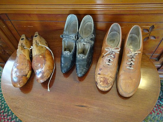 Village Green Heritage Center: Tiny shoes Ms. Cornelius wore