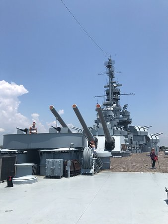 Battleship USS ALABAMA: Upper Deck