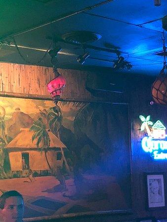 Trade Winds Lounge: Wall decor