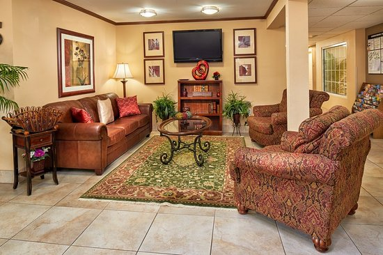Candlewood Suites Houston Park 10: Lobby
