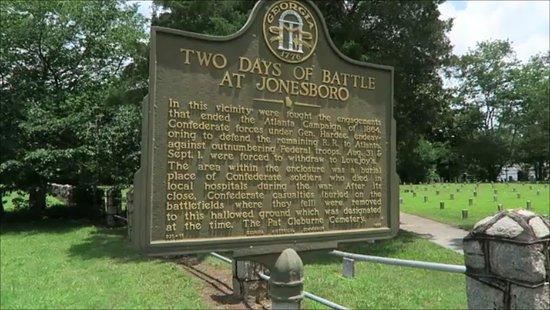 Patrick R. Cleburne Confederate Cemetery: outside
