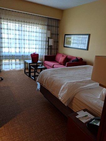 Courtyard Bridgeport Clarksburg : Amazing room!!!