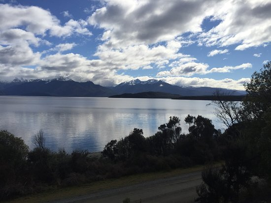 Acheron Cottages : Beautiful Lake Manapouri