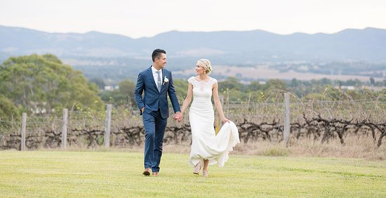 Wandin Valley Estate: Stunning location for Weddings, all-year-round.