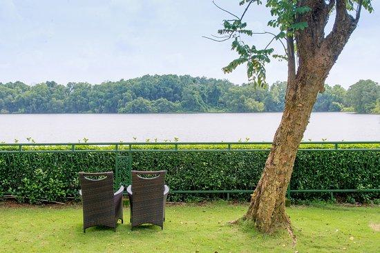 Lakeview Villas, Vietnam Golf & Country Club: the lake view villa