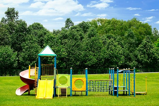 Lakeview Villas, Vietnam Golf & Country Club: children outdoor play ground