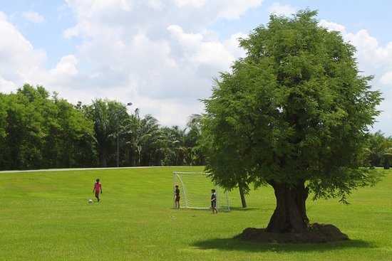 Lakeview Villas, Vietnam Golf & Country Club: football course