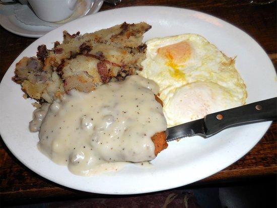 Mill Creek, WA: Chicken Fried Steak and Eggs