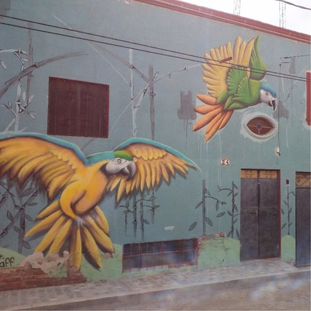 Joseph Toone Tours : Murals are all around town!