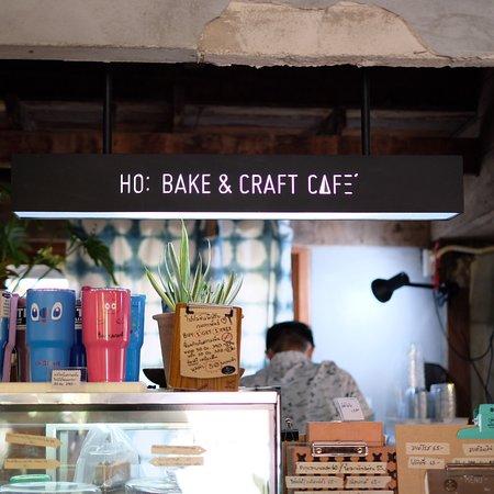 Ho: Bake & Craft Cafe