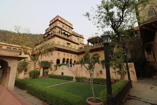 นีมรนา ฟอร์ท พาเลซ: Neemrana Fort Palace