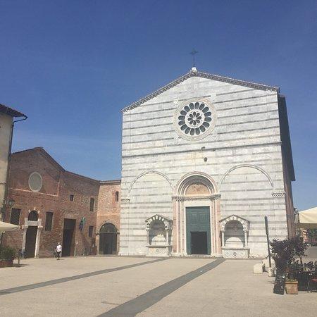 Chiesa e Convento di San Francesco ภาพถ่าย