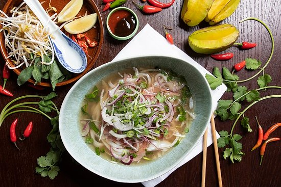 Than Nuong Restaurant & Bar : x large pho