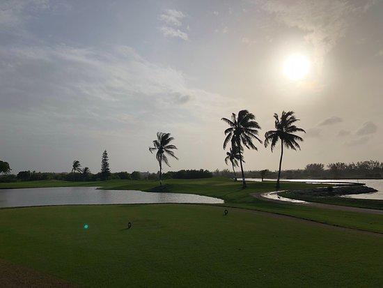 North Sound Golf Club: Twilight