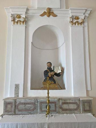 Castroregio, Italia:  Chiesa di San Rocco - altare laterale del 1901