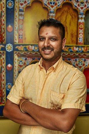 The naked table Restaurant : Mr. Suresh Krishnamurthi (Ceo and Founder)