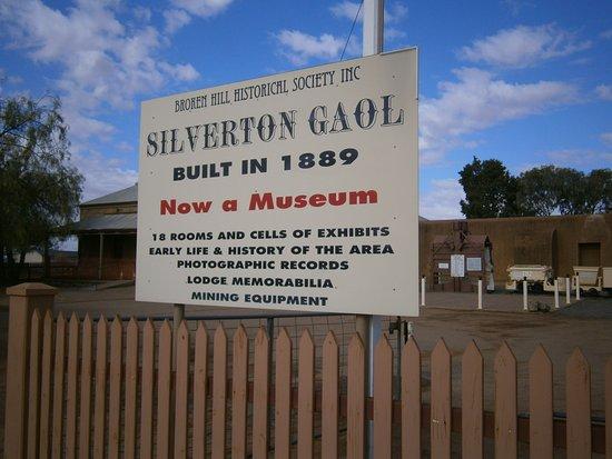 Silverton Gaol Museum: Entrance info sign
