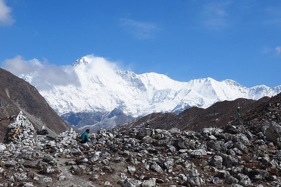 Nepal Trekkers : #cho oyu mountain view from #gokyo