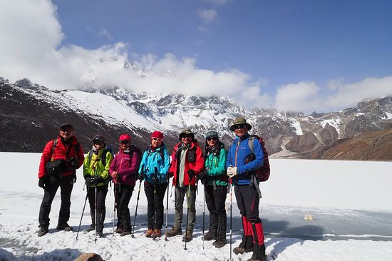 #Nepal trekkers team at gokyo
