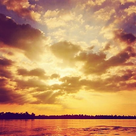 Cambodian Rural Discovery Tours: Beautiful landscape and sky on the Mekong River!