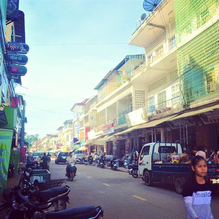 Come discover Kratie Town and its Province with us!