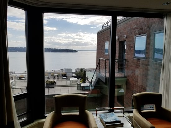 Inn at the Market: Room 608 water view