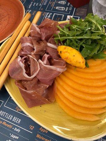 Trapizza : Parma Ham with rock melon