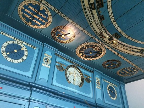 Franeker, Holandia: the Planetarium room - ceiling, at the side