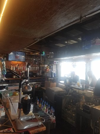 Harborside Bar and Grill : Exterior Bar