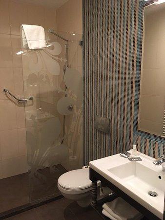 La Prima Fashion Hotel : Ванная комната, номер 216