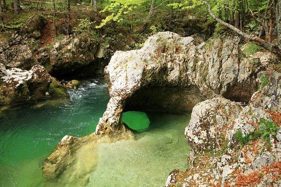 Srednja vas v Bohinju, Słowenia: Mostnica Gorge
