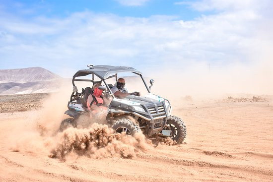 Dune Buggy Fuerteventura Off-Road Excursions: Drifting in the sand pit