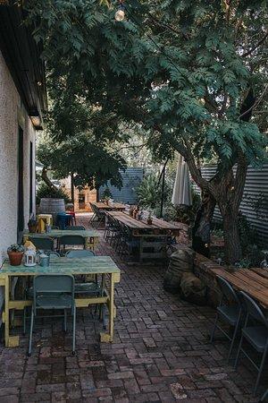 El Estanco: Courtyard