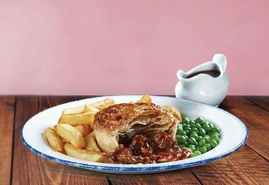 The Red Lion: British Steak Pie