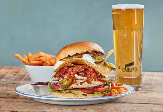 The Red Lion: Messy Mexican Burger + Pint for additional £1