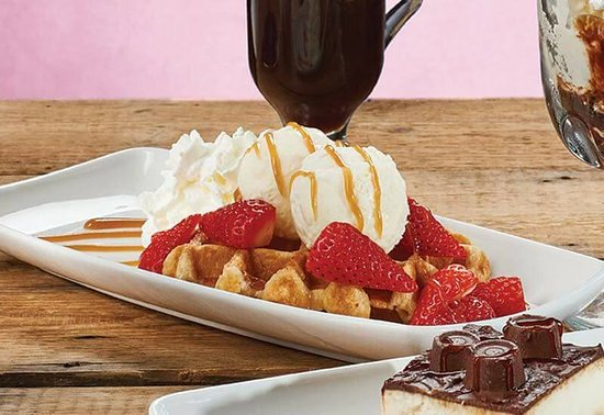 The Red Lion: Strawberry Waffles