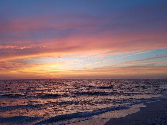 Siesta Beach: After sunset